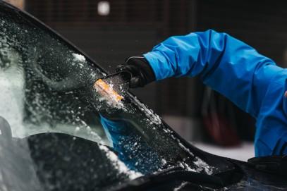 Автомобильный скребок для льда Fiskars Solid 143063 (1019354), фото 2