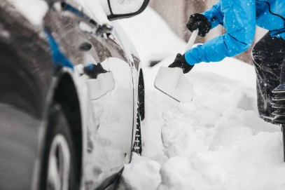 Скребок для льда и щетки Fiskars SnowXpert 143062 (1019352), фото 7