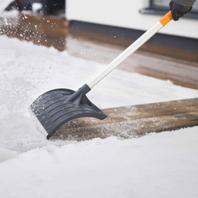 Лопата Роллер для уборки снега Fiskars SnowXpert Roller 143011 (1003471), фото 4
