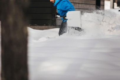 Скрепер для уборки снега Fiskars SnowXpert™ 143001 (1003469), фото 8