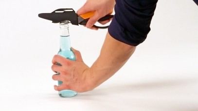 Многофункциональные ножницы Fiskars Cuts+More лезвия с титановым покрытием 23 см 1000809, фото 9