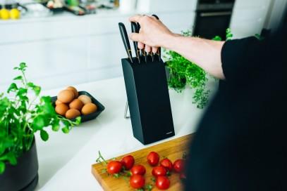 Кухонный нож Fiskars Edge для хлеба 23 см Black 1003093, фото 4