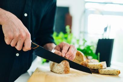 Кухонный нож Fiskars Santoku Edge поварской азиатский 17 см Black 1003097, фото 5