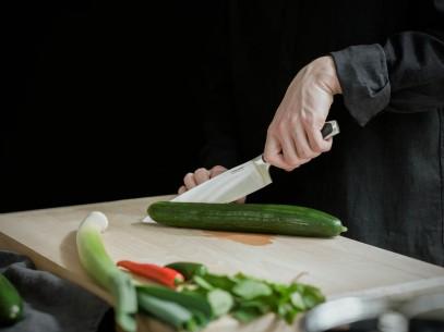 Нож для очистки овощей Fiskars Royal 7 см 1016466, фото 6